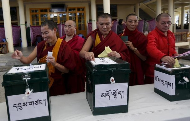 their vote during the election for the Tibetan government-in-exile ...