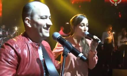Mohamed Allaoua ft Kenza Farah – Tidyanin au Zénith de Paris