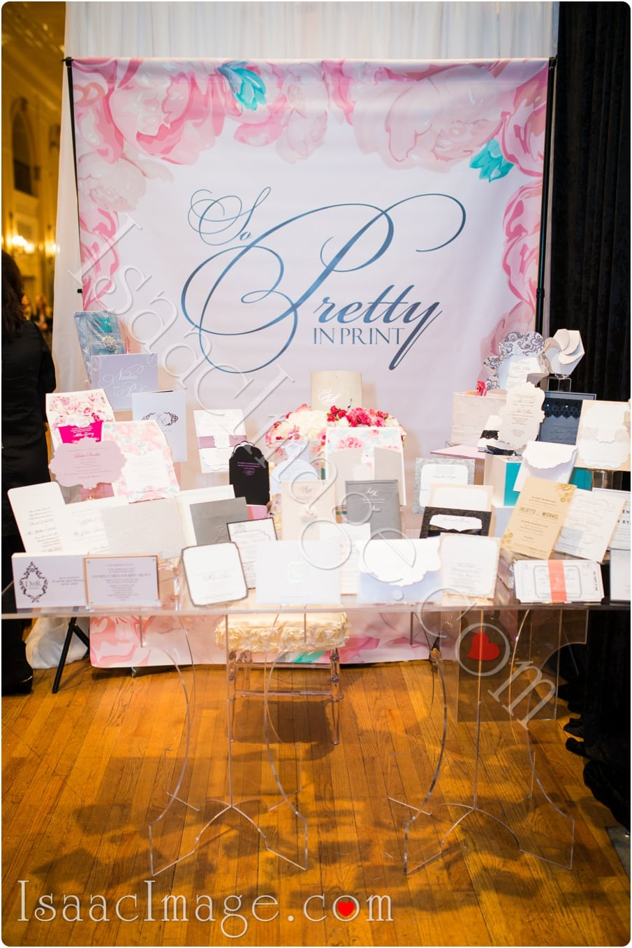0100 wedluxe bridal show isaacimage.jpg