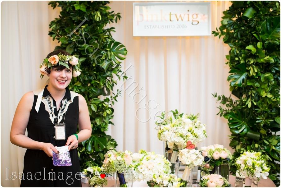 0260-Edit_canadas bridal show isaacimage.jpg