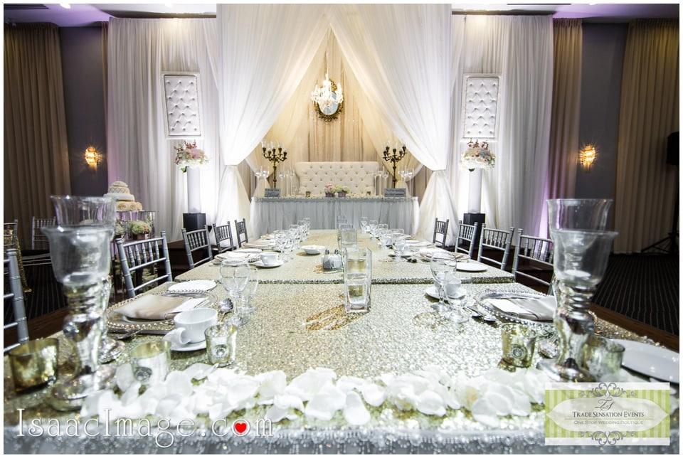 Wedding decor centre table setup