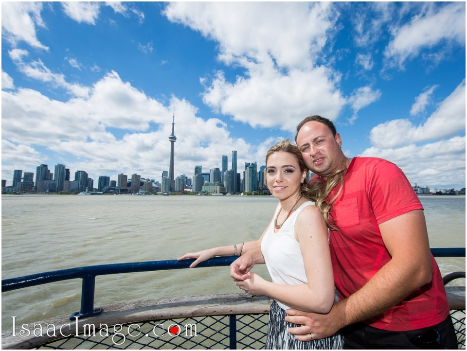 skyline Toronto Island engagement session