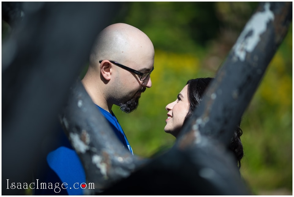 Guildwood Park Engagement Mike and Marina_4007.jpg