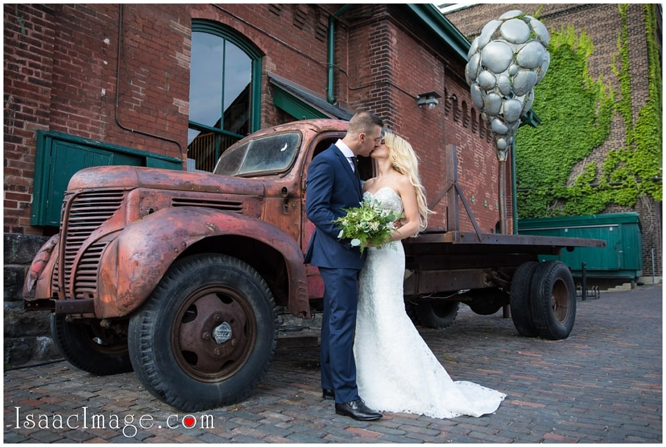 Toronto Airship37 Wedding Gina and James_3614.jpg