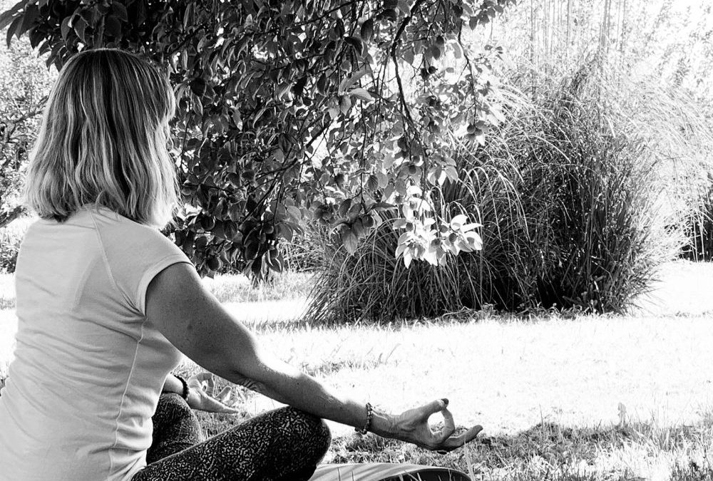 isabel kehr donne un cours de yoga personnalisé