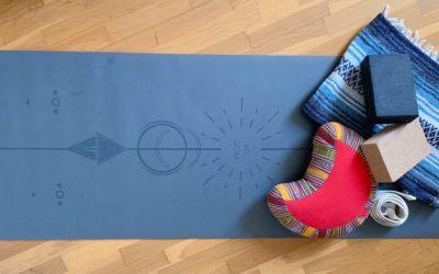 Quels accessoires de yoga choisir pour pratiquer le yoga