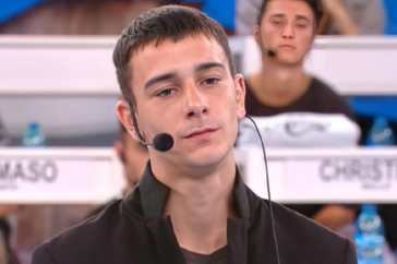 Amici di Maria De Filippi, dopo l'inattesa eliminazione dal talent arrivano due grosse opportunità per Mirko Masia: ecco quali