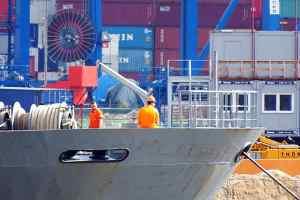 Η προστασία των ναυτικών από συμβάντα παρενόχλησης και εκφοβισμού