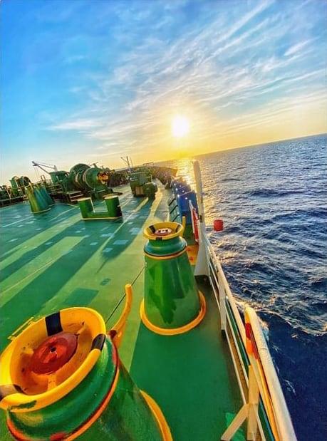 3. Maran Gas Posidonia crossing the Atlantic. Credits to Kaldim85