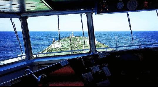 6. Sailing towards the horizon Credits to Panagiotis Kakouras