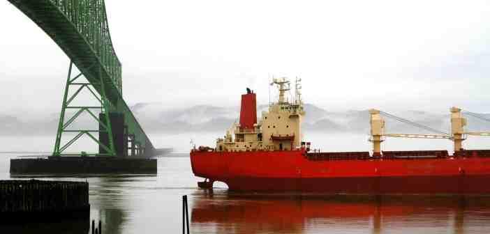 ship-2595358