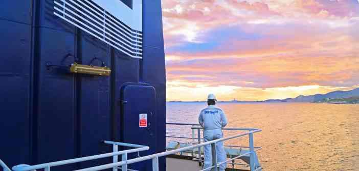 To πλοίο μεταφοράς τσιμέντου M/V Seaven Glory, της SEAVEN