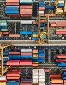 ΕΚΠΑ: Νέα εξ αποστάσεως προγράμματα επιμόρφωσης στα Logistics