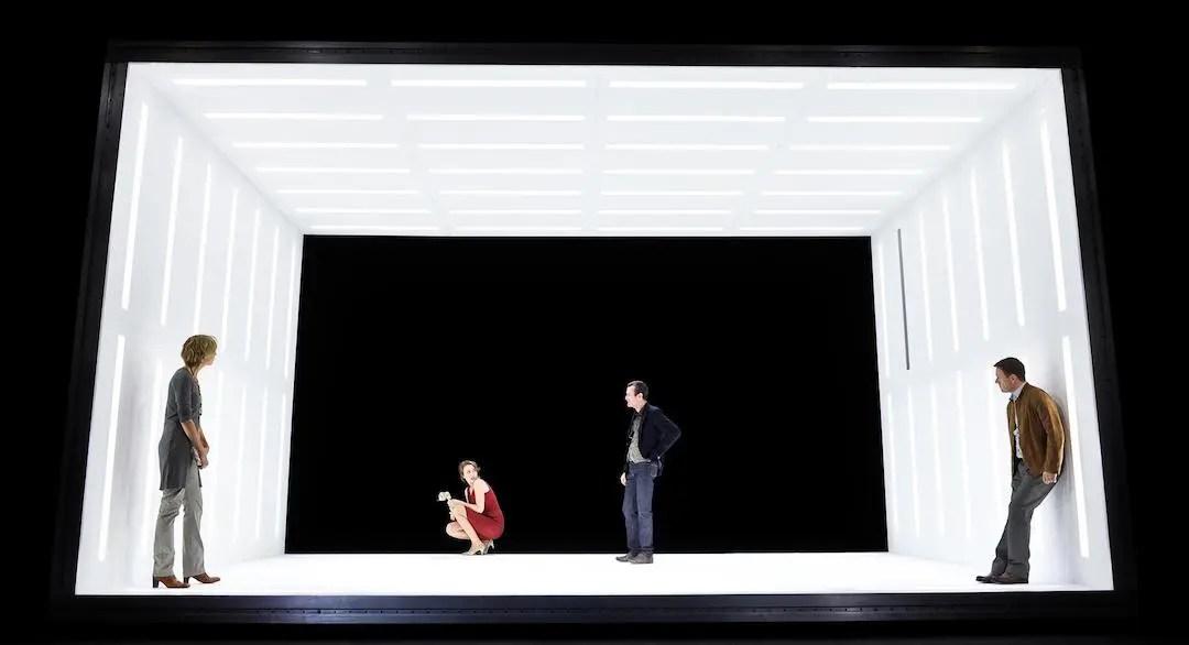 Peggy Pickit sieht das Gesicht Gottes Cuvilles Theater | Foto: Arno Declair