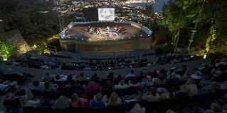 Teatro Greco dei Giardini La Mortella: panorama mozzafiato e musica internazionale