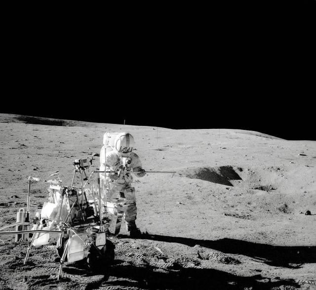 Apollo 14 moon landing gpn-2000-001147