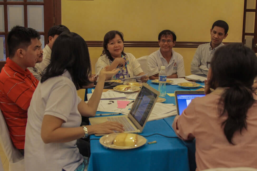 Participants actively make proposals during the Critiquing and Enhancement Workshops tackling the SERVE Conference Declaration and Reconstruction Initiative through Social Enterprise (RISE) Platform.