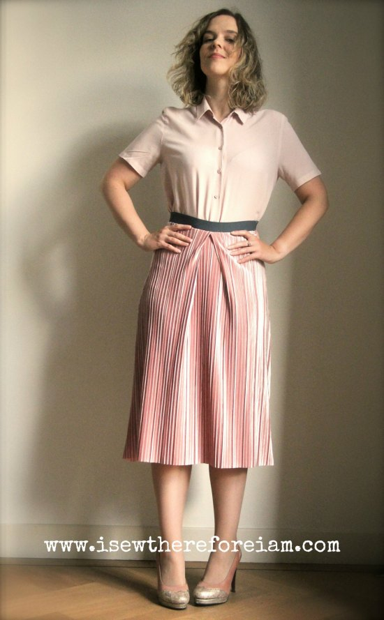 Midi-length skirt with elasticised waist made with a gorgeous pleated velvet knit from The Fabric Godmother