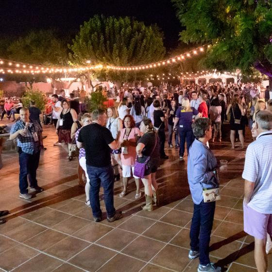 Street Party // Bring your appetite and dancing shoes to the Wednesday night Street Party!