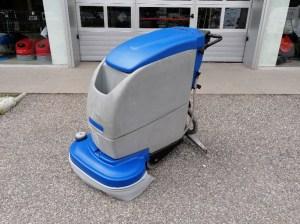 Sert Zemin Temizlik Makinaları