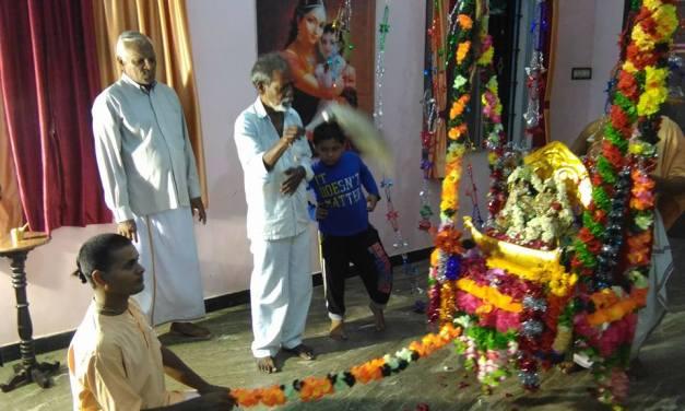 Jhulan Yatra 2016 in Puducherry