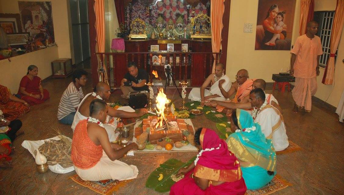 Six Devotees Get Initiated Under Rtvik System in Puducherry