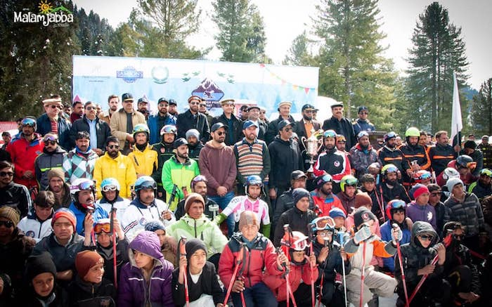 Participants at Malam Jabba Skiing Festival 2019