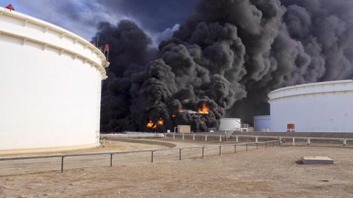 https://i1.wp.com/www.islamedianalysis.info/wp-content/uploads/2015/02/2014-12-27T153712Z_1834668494_GM1EACR1R1B01_RTRMADP_3_LIBYA-SECURITY-OIL_0.jpg?w=696