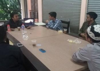Forum Intelektual Mahasiswa Islam Bandung gelar diskusi soal Palestina di Cimahi, Ahad (17/12/2017). Foto: Saifal.