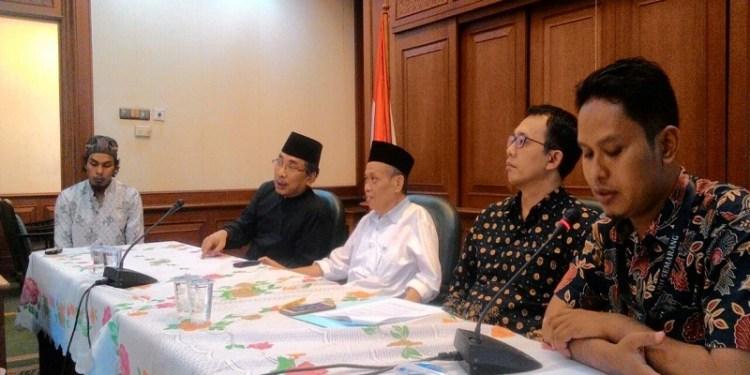 Gabungan Masyarakat Sipil Tolak Kriminalisasi 3 Petani Surokonto Wetan, Kendal. Foto: Rhio/Islampos.
