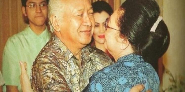 Soeharto dan Bu Tien  Foto: Tribun