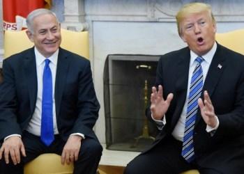 PM Israel Benyamin Netanyahu bersama Presiden AS Donald Trump. Foto: Alaraby