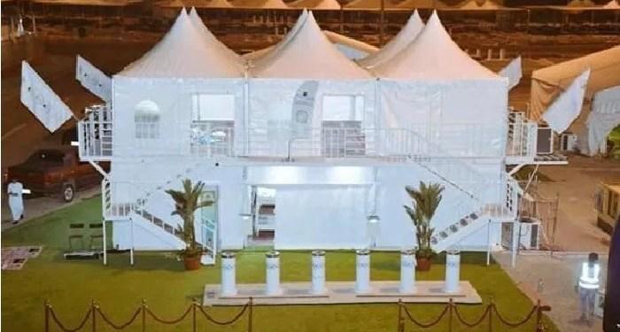 Tenda dua tingkat untuk jemaah haji di Mina. Foto:  Islam Hashtag