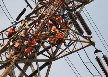 PLN bakal ganti rugi atas pemadaman listrik massal. Foto: Jawapos