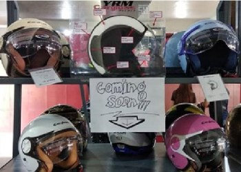 Helm Cargloss khusus hijaber. Foto: Instagram Helm Cargloss Official