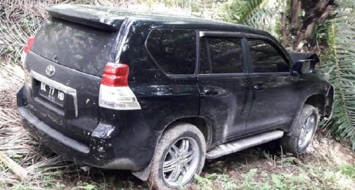 Mobil yang duduga milik hakim PN Medan. Foto: Detik