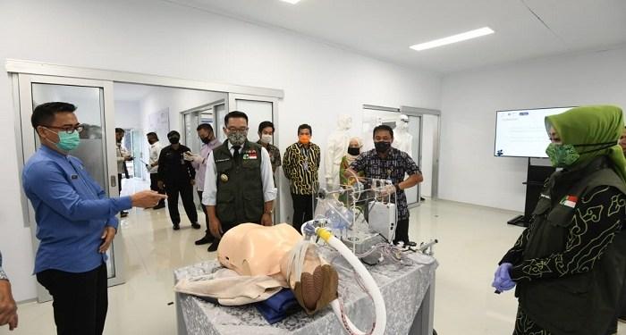 Jabar membeli ventilator buatan PT DI dan PT Pindad. Foto: Saifal/Islampos