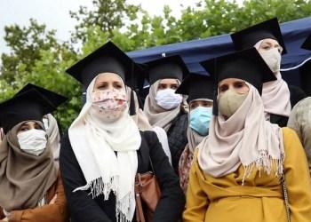 Aksi mahasiswi Belgia saat protes terhadap larangan jilbab. Foto: Shafaqna