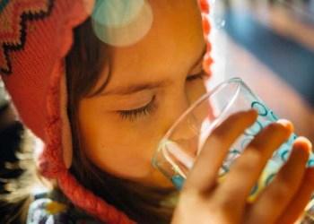 manfaat air hangat