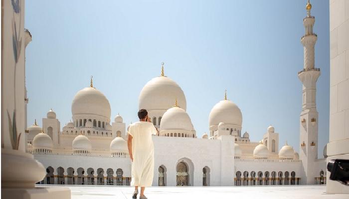 lelaki masjid ahli surga
