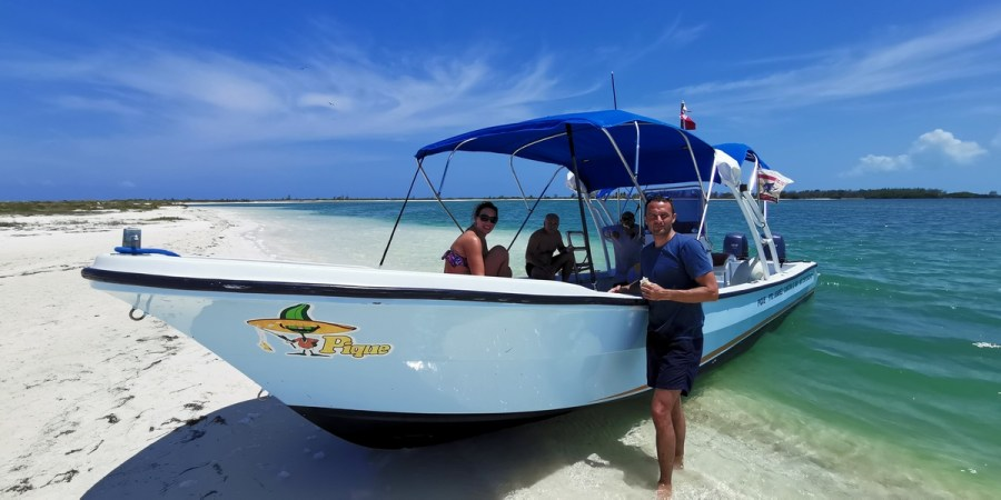 small boat to rent