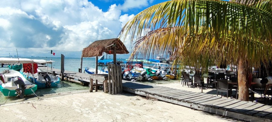 Restaurante Mocambo Isla Mujeres Pier