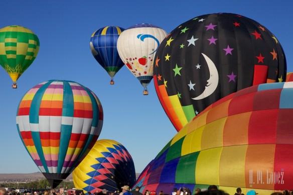 Balloons 129