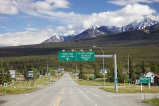 To Haines Junction021