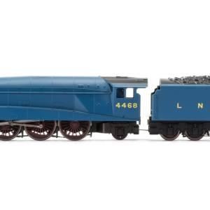 Hornby RailRoad, LNER, A4 Class, 4-6-2, 4468