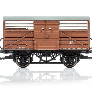 Hornby Dia.1529 Cattle Wagon, British Railways - Era 4