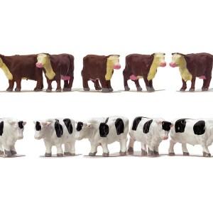 Hornby R7121 Cows Pack