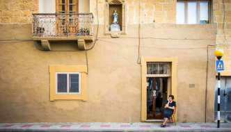 Postcards from Malta: The Paradox of Nostalgia