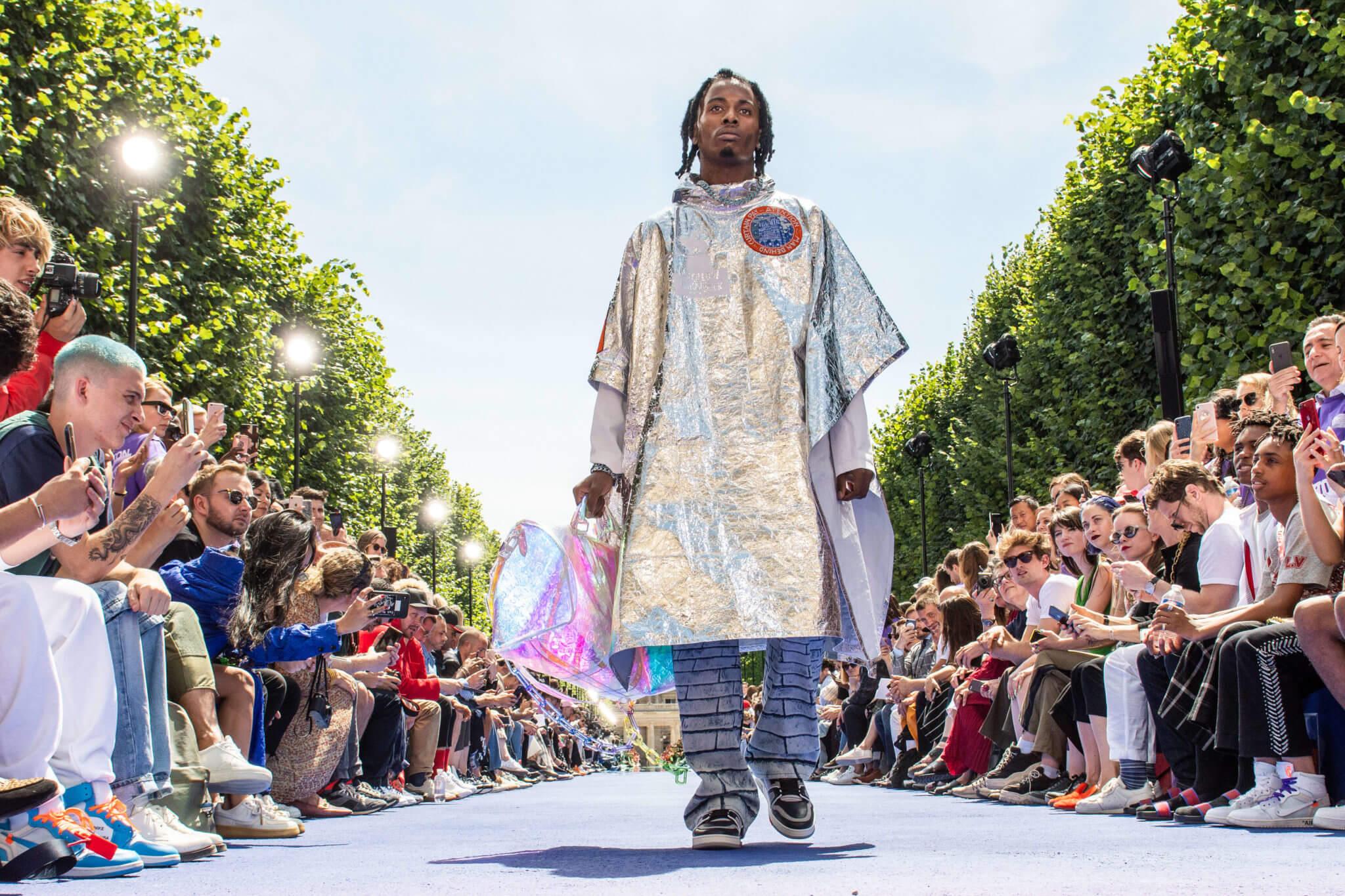 Virgil Abloh se estrena en Louis Vuitton, y llega la revolución high fashion del streetwear