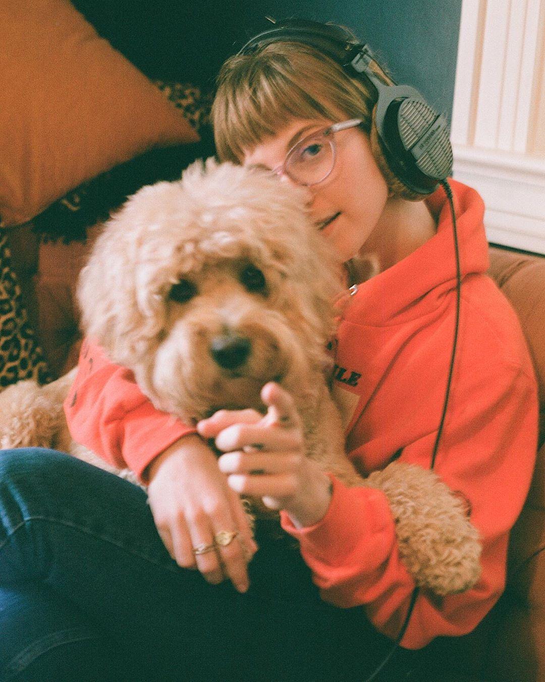 7 lanzamientos recientes que debes escuchar: Hayley Williams + HANA + Purity Ring y más
